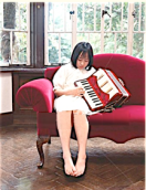 accordion girl